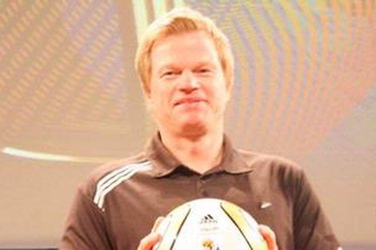 Kiper legendaris Jerman dan klub Bayern Muenchen, Oliver Kahn.