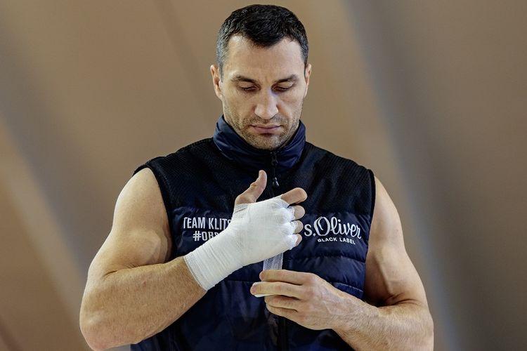 Petinju Ukraina, Wladimir Klitschko, sedang berlatih di Biohotel Stanglwirt, Going, Austria, pada 6 April 2017.