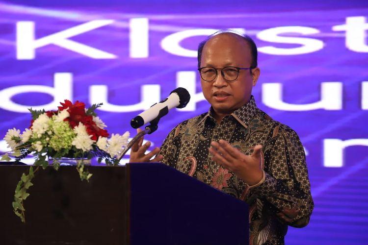 Sekretaris Jenderal Kemnaker Anwar Sanusi dalam Forum Komunikasi Staf Ahli Menteri (Forkomsam) di Bogor, Jawa Barat, Kamis (12/11/2020).