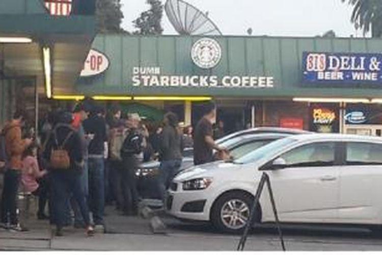 Gerai Dumb Starbucks