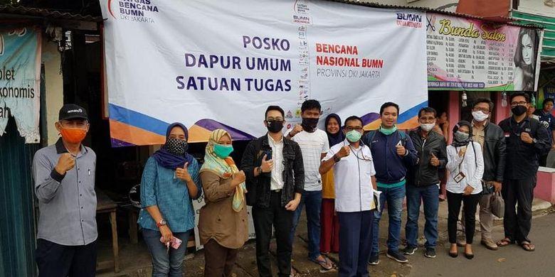 Perum Perumnas dan empat BUMN lainnya yakni Antam, Asabri, Bulog, dan JIEP membentuk Posko Masak khususnya di Jakarta yang terdampak pandemi corona sejak 5 Mi 2020 hingga dua bulan ke depan.