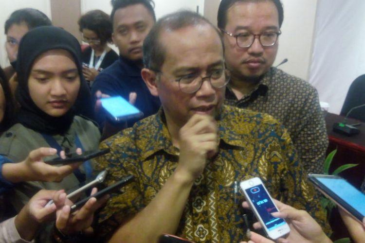 Ketua Dewan Pengarah (Dewas) BPJS Ketenagakerjaan, Guntur Witjaksono memberikan keterangan di Hotel Kartika Chandra, Jakarta, Jumat (11/1/2019).