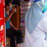 Viral, Pemilik Toko Dijemput Paksa Tim Medis karena Tolak Isolasi usai dari Malaysia