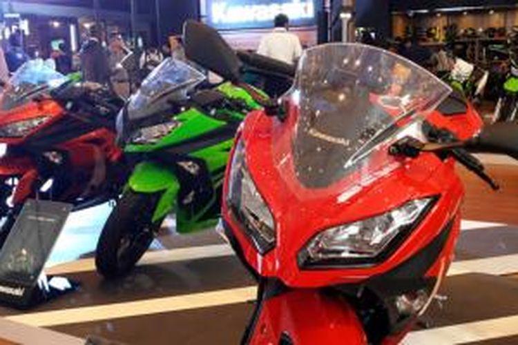 Kawasaki Ninja 250 FI kini punya peranti kopling baru yang membuat perpindahan gigi semakin mulus.