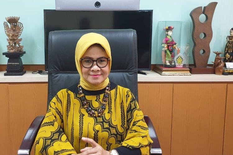 Pengamat budaya dari Institusi Seni Budaya Indonesia (ISBI) Bandung Prof. Een Herdiani