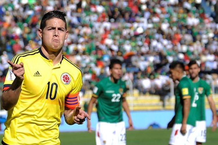 Kapten tim nasional Kolombia, James Rodriguez, merayakan gol ke gawang Bolivia pada partai Pra-Piala Dunia di La Paz, 24 Maret 2016.