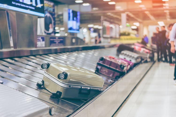 ILUSTRASI - Koper di bandara