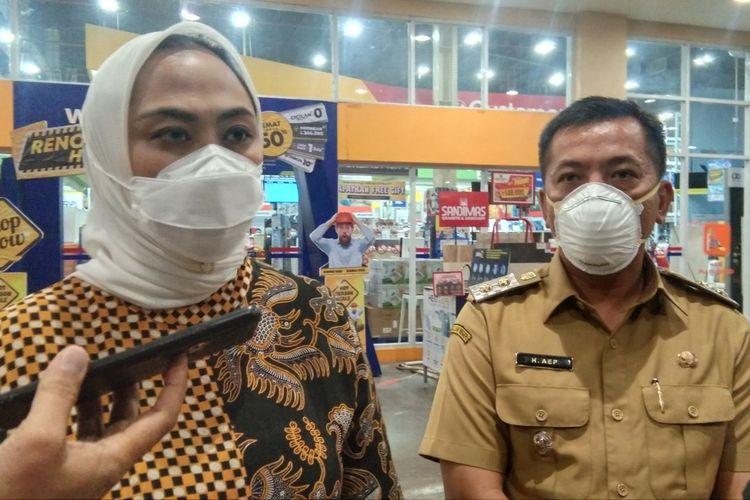Bupati Karawang Cellica Nurrchadiana dan Wakil Bupati Karawang Aep Syaepuloh