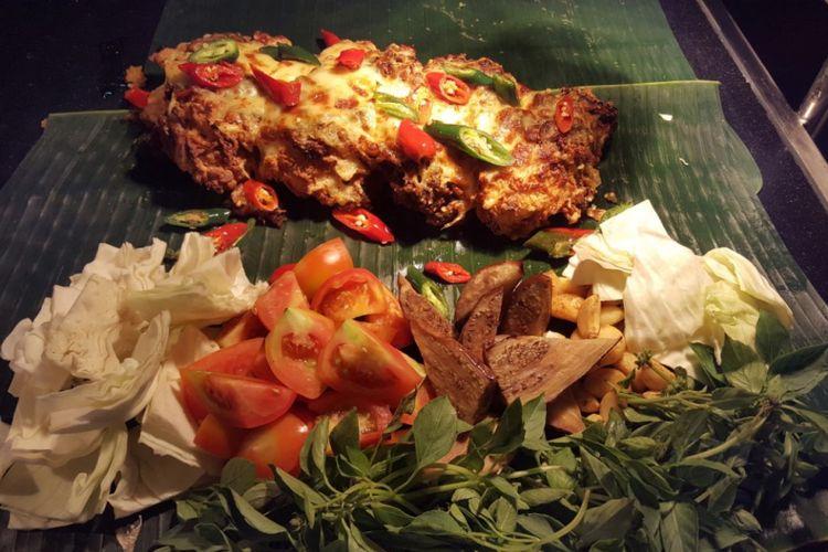 Ayam geprek di Restoran RASA, AYANA Midplaza Jakarta.