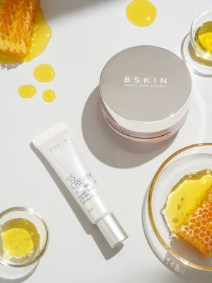 BSKIN Loose powder.