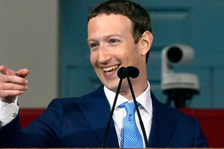 Mark Zuckerberg memberikan sambutan dalam upacara wisuda ke-366 Universitas Harvard pada Kamis (25/5/2017).