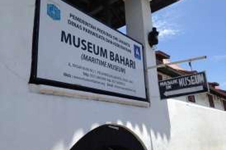 Tampak bangunan Museum Kebaharian yang berlokasi di Penjaringan, Jakarta Utara, Sabtu (2/4/2016). Bangunan ini dulunya merupakan gudang rempah yang digunakan VOC untuk menampung rempah-rempah yang didapat dari Nusantara.