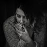 Apa itu Insecure? Penjelasan, Gejala, dan Cara Mengatasinya