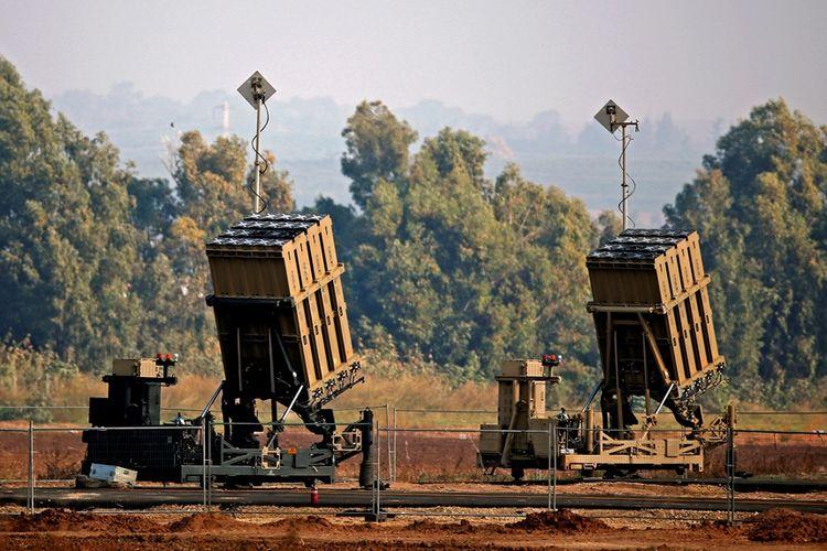 Sistem pertahanan anti-rudal buatan Israel, Iron Dome atau Kubah Besi.