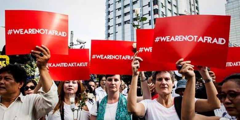 Aksi damai bertajuk Kami tidak takut digelar pasca serangan bom bunuh diri di Jakarta Pusat (15 Januari 2016).