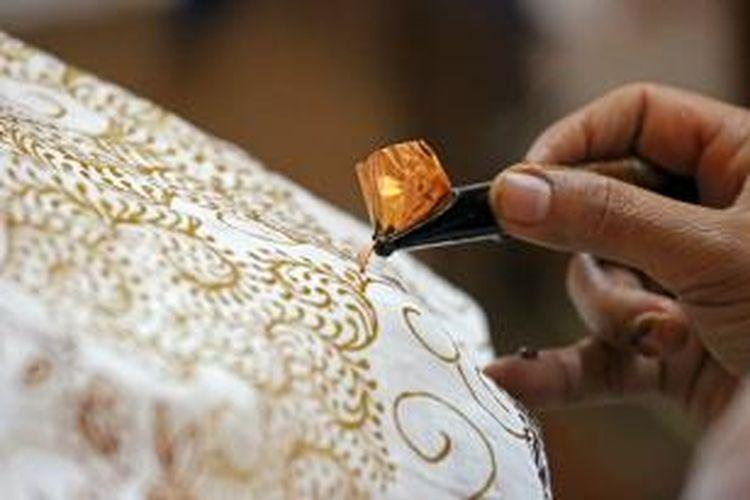 Proses pembuatan batik di Yogyakarta,
