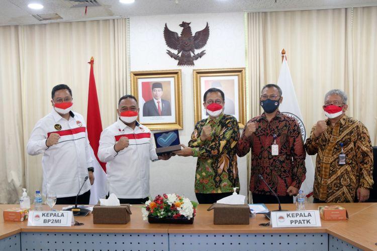 Kepala Pusat Pelaporan dan Analisis Transaksi (PPATK) Dian Ediana Rae menerima kunjungan Kepala Badan Perlindungan Migran Indonesia (BP2MI) Benny Rhamdani, Selasa (24/8/2021).