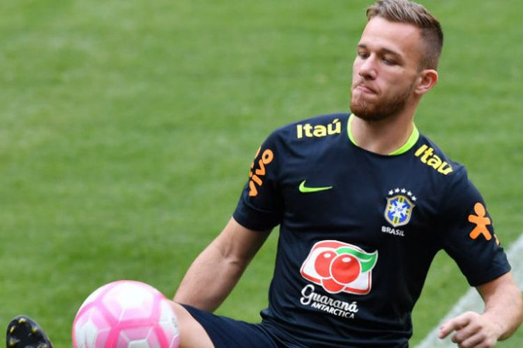 Arthur Melo saat menjalani latihan bersama timnas Brasil