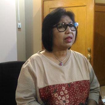 Juru bicara Tim Kampanye Nasional (TKN) Joko Widodo-Maruf Amin, Irma Suryani Chaniago saat memberikan keterangan pers di Jakarta, Senin (26/11/2018).