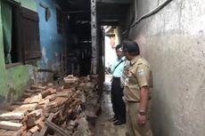 Rumah Warga Cililitan Rusak Berat Akibat Banjir, Plafon dan Pagar Ambruk