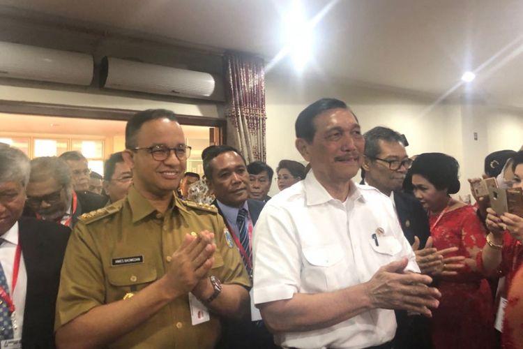 Gubernur DKI Jakarta Anies Baswedan dan Menteri Koordinator bidang Kemaritiman Luhut Binsar Pandjaitan di acara Konsultasi Nasional HKBP 2018 di Pulogebang, Selasa (10/7/2018).