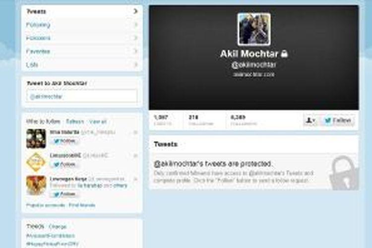 Laman akun Twitter Ketua MK Akil Mochtar