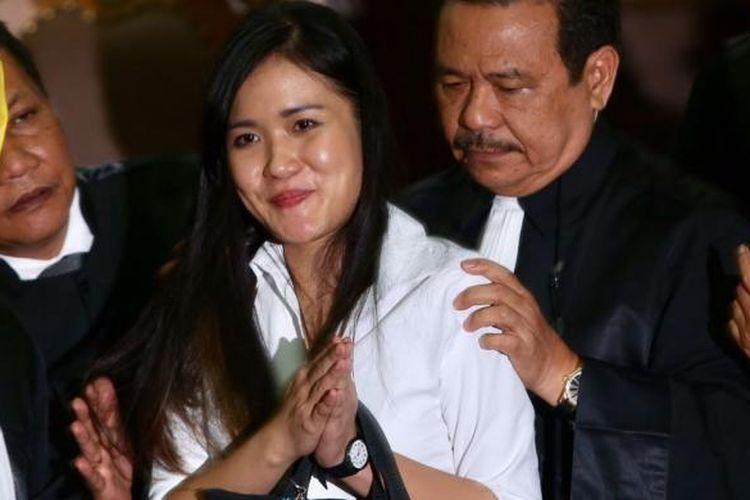 Jessica Kumala Wongso usai menjalani sidang putusan di Pengadilan Negeri Jakarta Pusat, Kamis (27/10/2016). Hakim memberikan vonis 20 tahun penjara karena Jessica dianggap bersalah dan memenuhi unsur dalam Pasal 340 Kitab Undang-Undang Hukum Pidana (KUHP) tentang Pembunuhan Berencana.