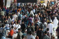 Minggu, Puncak Arus Balik di Bandara Soekarno-Hatta