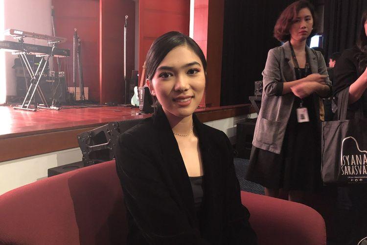Isyana Sarasvati dalam jumpa pers album Lexicon di kawasan Cikini, Jakarta Pusat, Jumat (29/11/2019).