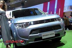 Mitsubishi Outlander PHEV Dibanderol Mulai Rp531,8 juta