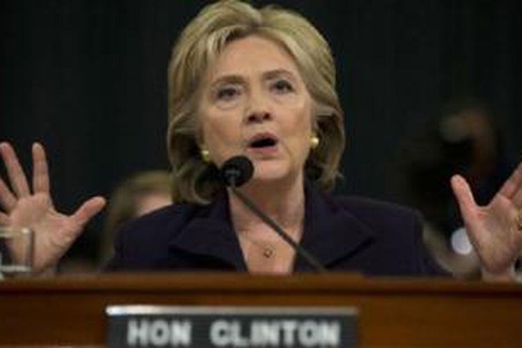 Hillary Clinton masih unggul dalam bursa calon presiden Partai Demokrat