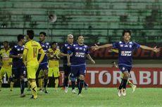 Tendangan Bebas Adam Alis Loloskan Arema FC ke Perempat Final