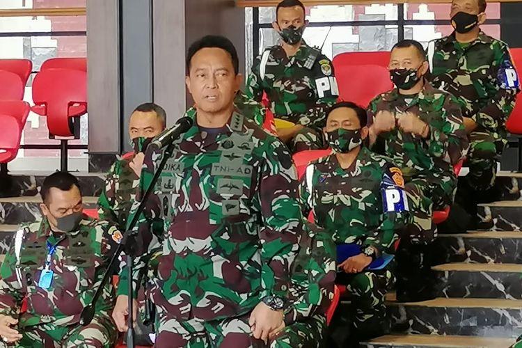 Kepala Staf Angkatan Darat Jenderal TNI Andika Perkasa saat memberikan keterangan pers di Mabes TNI AD, Jakarta Pusat, Minggu (30/8/2020).
