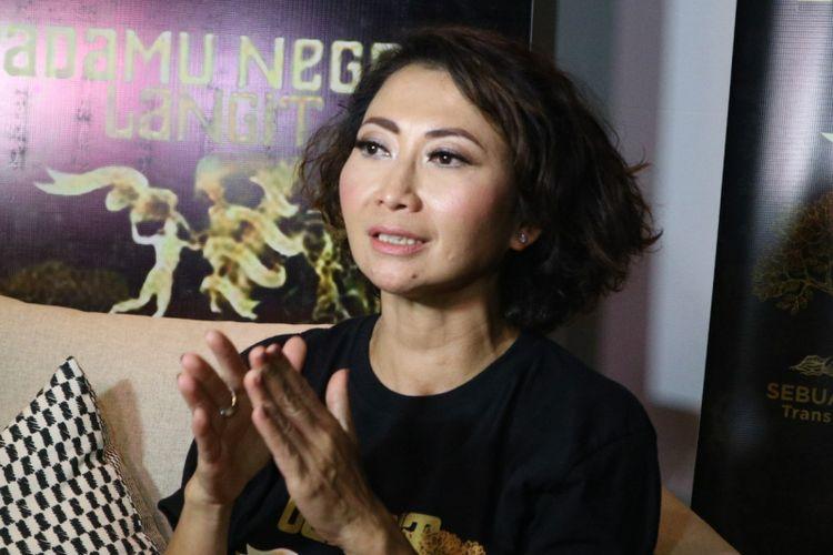 Pembawa acara Indy Barends saat ditemui di jumpa pers Wayang Orang Padamu Negeri Langit 7 Bidadari di Senopati Suite, Jakarta Selatan, Sabtu (20/10/2018).