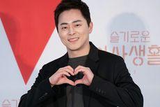 Jo Jung Suk Ungkap Bagian Terbaik dari Memerankan Ik Jun dalam Hospital Playlist