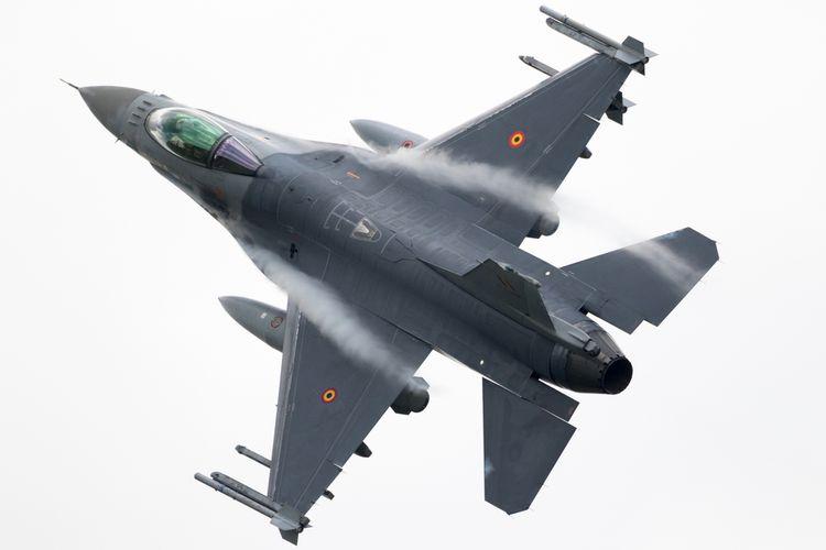 Pesawat tempur F-16 milik Angkatan Udara Belgia.
