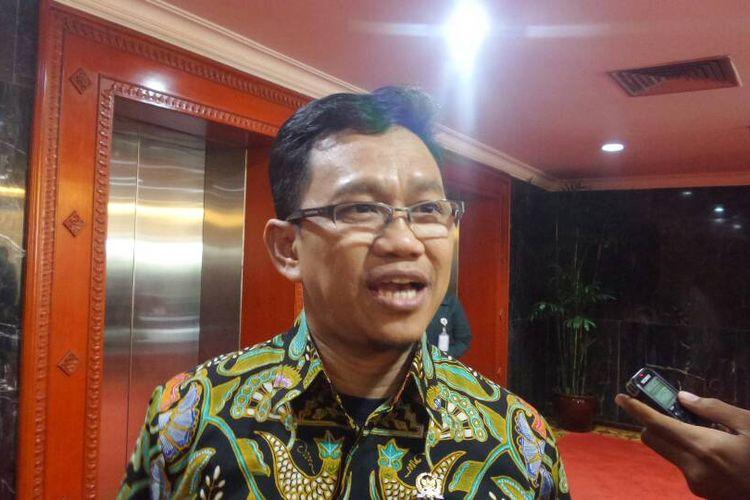 Sekretaris Fraksi Partai Persatuan Pembangunan (PPP) di DPR, Amir Uskara di Kompleks Parlemen, Senayan, Jakarta, Kamis (27/4/2017).