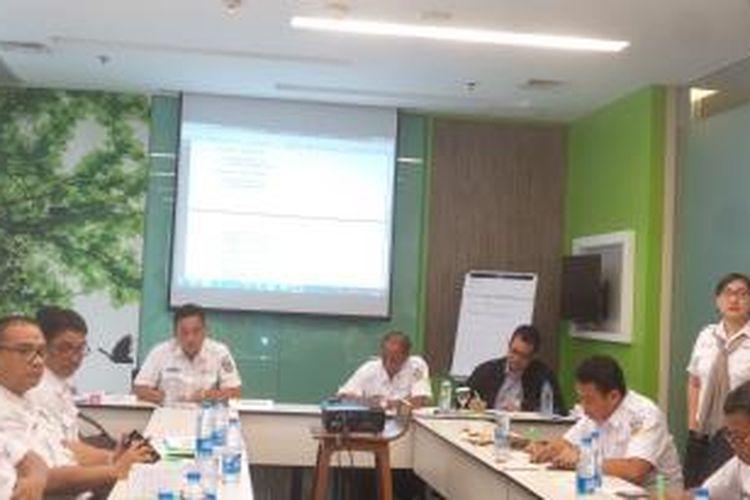 Diskusi yang digelar oleh PT KAI Commuter Jabodetabek (KCJ) di Jakarta, Senin (28/12/2015)