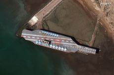 Iran Hujani Tiruan Kapal Induk AS dengan Rudal