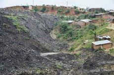 Lolos dari Topan, Warga Mozambik Kini Diterjang Longsor Sampah
