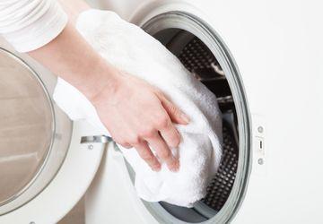 5 Permasalahan yang Dihadapi Saat Mencuci Handuk dan Cara Mengatasinya