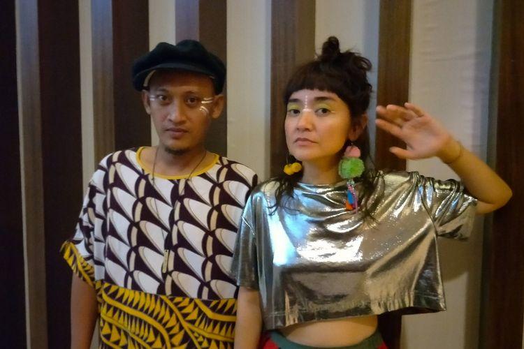 Duo Stars and Rabbit saat diabadikan usai tampil di Noice Fest 2017di Kuningan City, Jakarta Selatan belum lama ini.