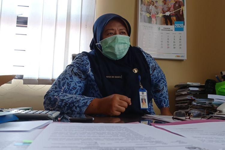 Kepala Dinas Sosial Kabupaten Magetan Yayuk Sri Rahayu, 12 warga yang meninggal karena covid 19 belum menerima bantuan dari pemerintah.