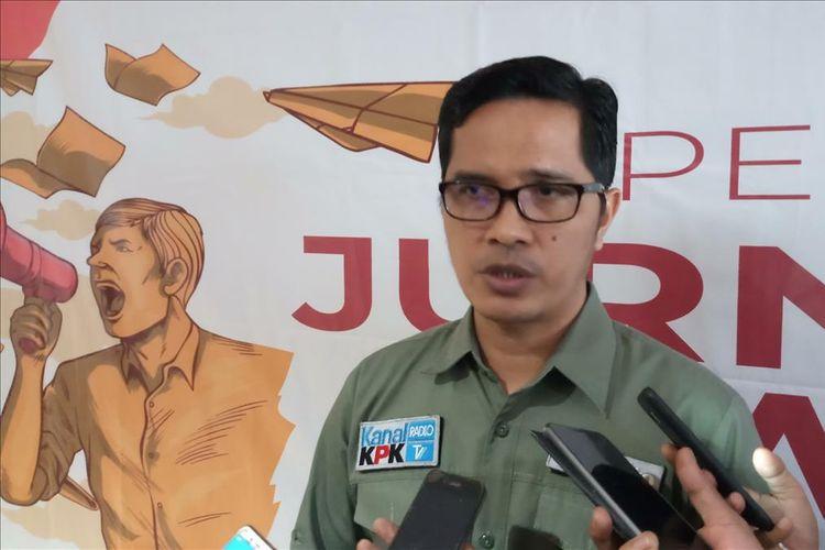 Kepala Biro Hubungan Masyarakat (Biro Humas) KPK atau yang lebih dikenal sebagai Juru Bicara KPK Febri Diansyah memberikan keterangan pers
