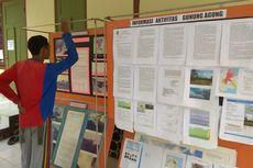 Hindari Informasi Hoaks, Warga Berdatangan ke Pos Pantau Gunung Agung