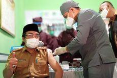 Bupati Tidak Hadir, Sekda Jadi Penerima Vaksin Pertama di Tasikmalaya
