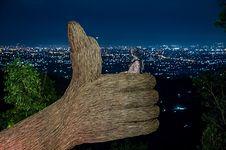 Pinus Pengger Sudah Buka, Bakal Ada Panggung Hiburan Live Music