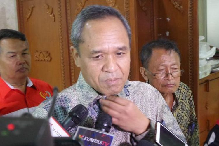 Wakil Ketua Komisi III Benny K Harman di Kompleks Parlemen, Senayan, Jakarta, Senin (16/1/2017).