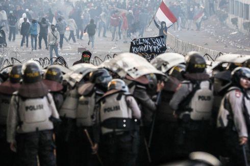 Polri: 209 Warga dan 41 Polisi Terluka akibat Kerusuhan Usai Demo 30 September