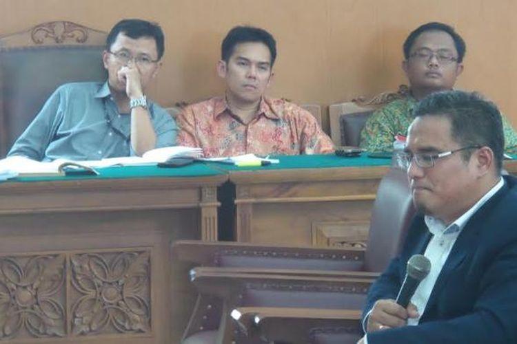 Pakar hukum pidana dari Universitas Muhammadiyah Jakarta, Chairul Huda, memberikan keterangan dalam sidang praperadilan Suryadharma Ali, Selasa (1/4/2015).